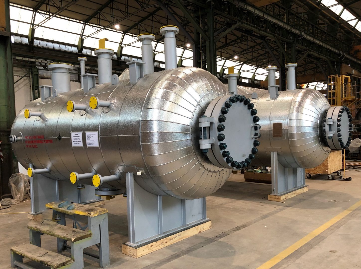 Steam Drums in SA 516 Gr. 70 with external insultation and lagging in aluminum at Pine Bend plant – Size: 5.305 x 1.600 mm; 12 t – Minnesota, USA