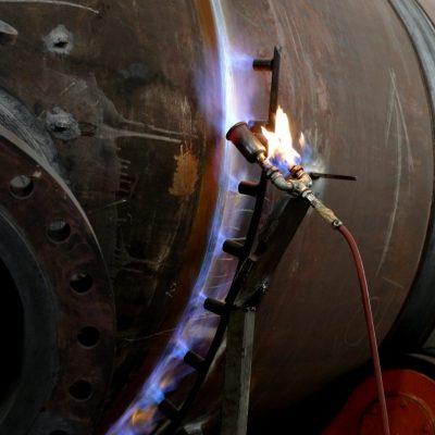Preparation of welding by pre-heating