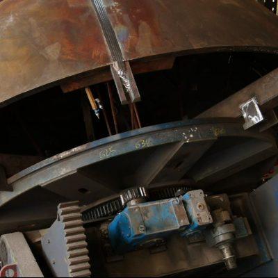 Rotatory equipment for weld hemispherical head sectors