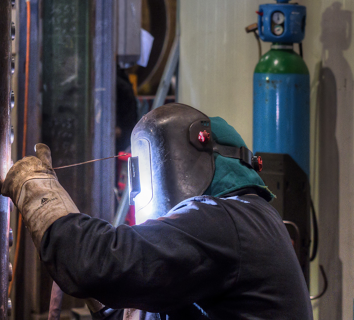 Tube welding by manual GTAW